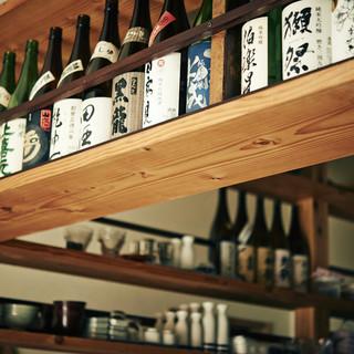 常時20種類以上の選りすぐりの日本酒