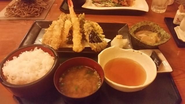 食彩厨房 わたべ亭>
