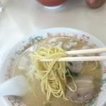 福龍軒 - 麺も良い感じ!
