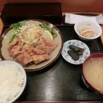 お食事処 明日香 - 湯葉鍋が唐揚げ定食になっちゃいましたよん