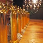 クラフトビール アンド ワイン ウー! - 光り輝く10タップ☆
