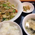 七福家 - 豚肉入り五目野菜の旨煮セット