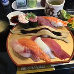 55124643 - 豪快魚がしランチ 925円 税別