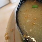だるまやらーめん - スープの感じ。