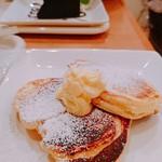 カフェ・ド・ドルチェ - パンケーキ  プレーン  アップ