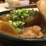 ふじ笑 - 豚軟骨煮込み豆腐