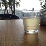Eandopiwizuterasu - ドリンクバーの白ワイン