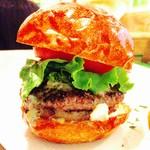 55138916 - Gorgonzola burger(S)‼︎女性なら充分なボリューム♪