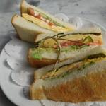 ドルフ - たまごトーストサンド