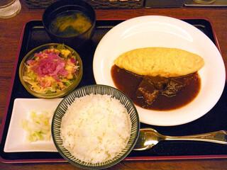 ラミ - ビーフシチューオムレツ ¥864