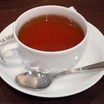 クリントン・ストリート・ベイキング・カンパニー - パンケーキwithメープルバター≪チョコレート≫(セットで選んだ紅茶)