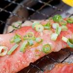 焼肉 清香園 - お肉は価格以上のものがあると思います。