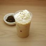 京カフェ - アイスほうじ茶ラテ
