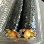 韓国キムチ専門店花子キムチ - 海苔巻きは2本♡