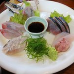 平塚漁港の食堂 - おまかせ刺身5点盛り2016.08.24