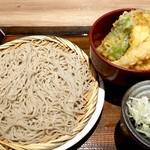 55158902 - 小次郎ランチ842円、もり蕎麦とミニ天丼