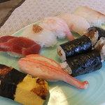 梅乃寿司 - 昼膳の握り
