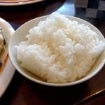 洋食屋グリルCoCCo - ツヤツヤご飯