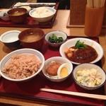 かっぽうぎ - ランチ 777円  お腹いっぱい〜