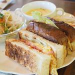 珈琲館 - ベーコンエッグサンドイッチ