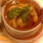 菜々海 - 松茸土瓶蒸し。松茸ザクザク入っておりました。