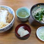たまる屋 - かつ丼+小そばセット