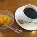 ひまわり - デザートとコーヒー付き