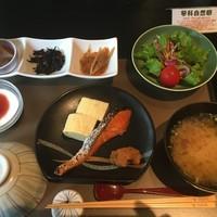杓凪華-朝食