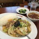 蓬莱幸 - 料理写真:五目うま煮定食?いかエビうずらの玉子は欠席でした。