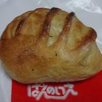 ぱんのいえ - バターサンド150円(税込)