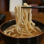 55177823 - つけ麺の麺リフト