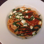 55179277 - モッツァレラチーズのトマトソース バジルソースがけ