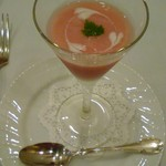 55183641 - 桃の冷製スープ