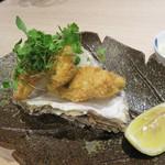 角と - 岩牡蠣のフライをおつまみ仕様で。