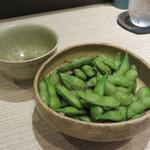 角と - 枝豆。