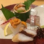 鮨 なか - 刺身盛り合わせ サザエ、カンパチ、烏賊の海胆のせ、真蛸