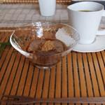 食の円居 なず菜 - 朝のデザート ぷるぷるわらび餅