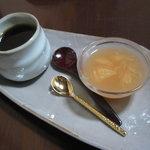 カフェギャラリー柚 - デザートとコーヒー
