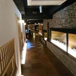 Ryoutei - 2016年8月 店内の廊下