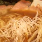 和久井 - 2016年8月 煮干しラーメンの白髪ネギ