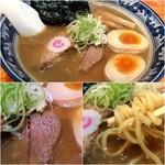55209118 - 麺武者ラーメンの特製900円