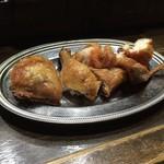 室蘭やきとり 今昔 - 若鶏の半身揚げ