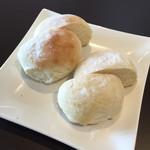 StellaLegare - セットのパン