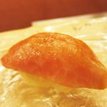 鮨 香坂 - マグロ。