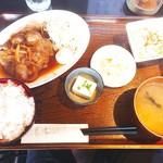 55220858 - 生姜焼き定食