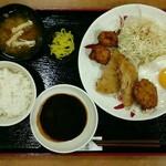 宮本むなし - 昭和のミックスフライ定食[\590]