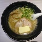 博多川端どさんこ - 2016年7月 みそバターラーメン 700円