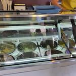 谷信菓子店 - デッシャーアイス類(2016年8月)