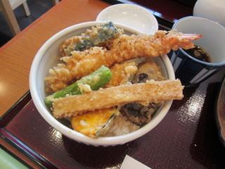 手打そば 尾沼 - 海老と野菜天丼