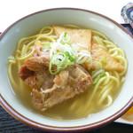 ぶどぅまれー - 料理写真:ソーキそば(並)